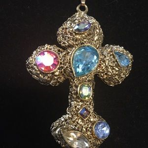 Colorful cross with chain marked ACO 1/20th 12k